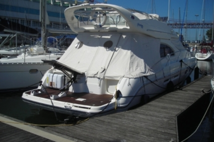 Cranchi Atlantique 40 for sale in Portugal for €210,000 (£185,144)