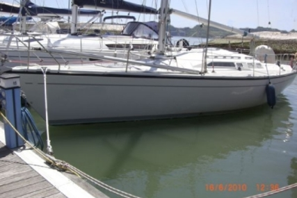 Dehler 37 CWS for sale in Portugal for €68,000 (£60,140)