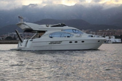 Azimut 46 for sale in Portugal for €350,000 (£309,863)