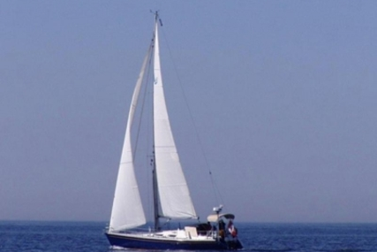 COMFORTINA YACHTS COMFORTINA 42 for sale in Portugal for €203,000 (£180,903)