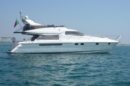 Fairline Squadron 56 for sale in Portugal for €258,000 (£227,642)