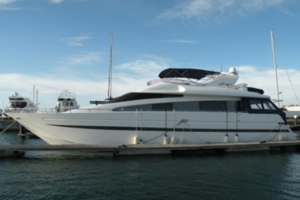 Azimut 65 for sale in Portugal for €280,000 (£249,699)