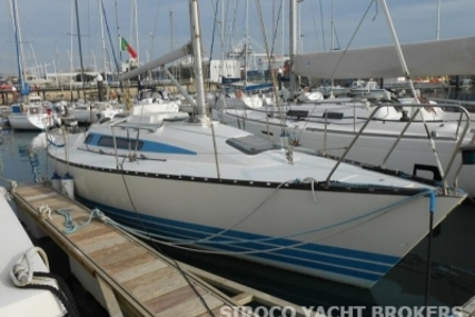 X-Yachts X-342 for sale in Portugal for €40,000 (£35,725)
