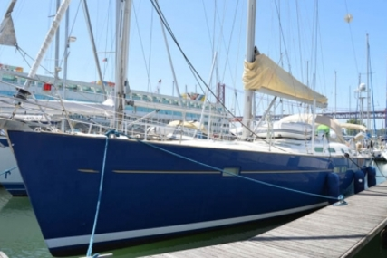 Beneteau Oceanis 473 Shallow Draft for sale in Portugal for €130,000 (£115,932)