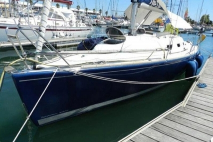 RONAUTICA RO 330 for sale in Portugal for €50,000 (£44,117)