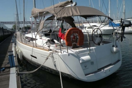 Jeanneau Sun Odyssey 439 for sale in Portugal for €190,000 (£166,875)