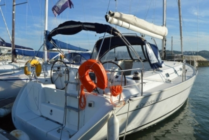Beneteau Cyclades 43.3 for sale in Portugal for €108,000 (£94,605)
