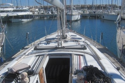 Beneteau Oceanis 46 for sale in France for €155,000 (£138,226)