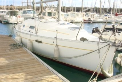 Beneteau Oceanis 281 for sale in France for €28,000 (£24,998)