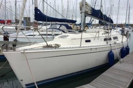 Hanse 311 for sale in Ireland for €30,000 (£26,794)