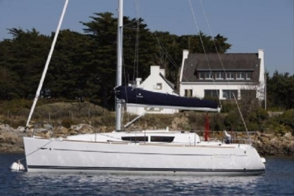 Jeanneau Sun Odyssey 33i for sale in Ireland for €60,000 (£52,557)