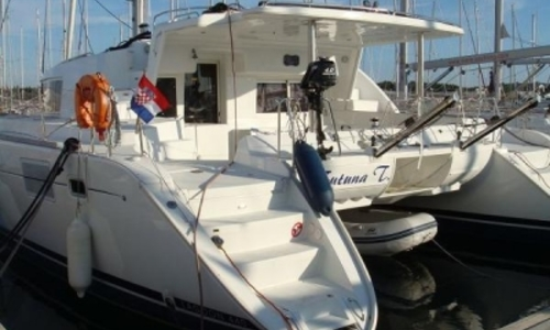 Image of Lagoon 440 for sale in Croatia for €276,000 (£247,108) Croatia