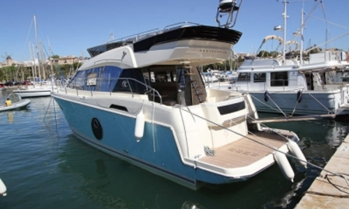 Image of Beneteau MC 4 for sale in France for €449,900 (£395,221) AJACCIO, France