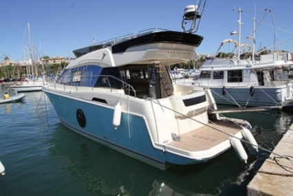 Beneteau MC 4 for sale in France for €439,000 (£391,629)