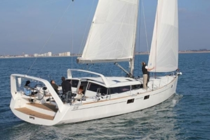 Beneteau Sense 55 for sale in France for €405,000 (£356,154)