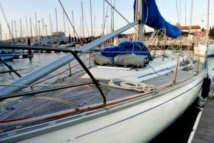 Bavaria 410 Caribic for sale in Portugal for €58,000 (£51,063)