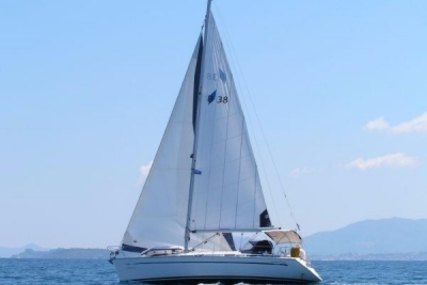Bavaria 38 Cruiser for sale in Greece for €53,000 (£46,425)
