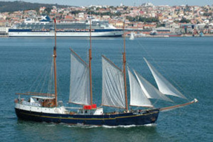 Custom Schooner 3-masted for sale in Portugal for €1,650,000 (£1,473,662)
