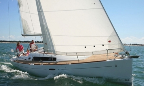 Image of Beneteau Oceanis 37 for sale in France for €89,900 (£80,195) BARCARES, France