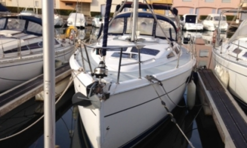 Image of Hunter 356 for sale in France for €65,000 (£58,030) LE CAP D'AGDE, France