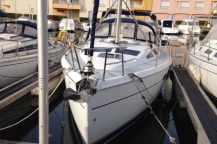 Hunter 356 for sale in France for €65,000 (£57,354)