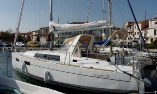 Image of Beneteau Oceanis 35 Shallow Draft for sale in France for 110.000 € (96.171 £) MARTIGUES, France