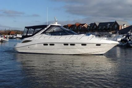 Sealine S42 for sale in Spain for £139,950