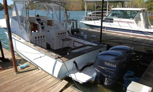 Image of Carolinian Boat Works Carolinian 28 Express for sale in United States of America for $120,000 (£90,469) Cumming, Georgia, United States of America