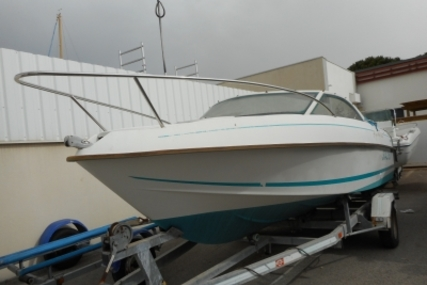 Beneteau Flyer Viva 5.80 for sale in France for €5,000 (£4,422)