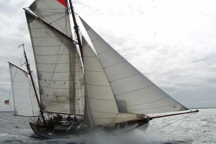 Colin Archer Double ender Solvaer Design for sale in Germany for €195,000 (£171,643)