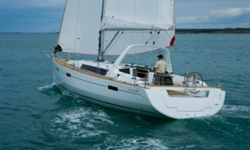 Image of Beneteau Oceanis 45 for sale in France for €214,000 (£188,294) France