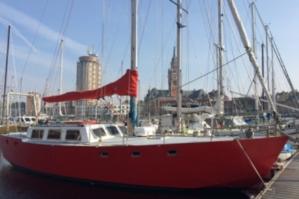 Custom Built Custom 12 Steel Lifting Keel for sale in France for €60,000 (£52,557)