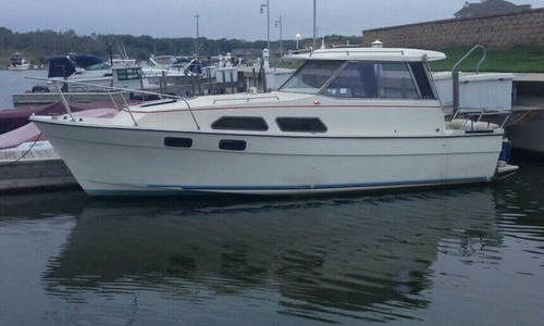 Image of Bayliner Explorer 2670 for sale in United States of America for $11,000 (£8,281) Hobart, Indiana, United States of America
