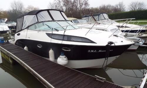 Image of Bayliner 255 for sale in United Kingdom for £ 49.995 Chertsey, United Kingdom