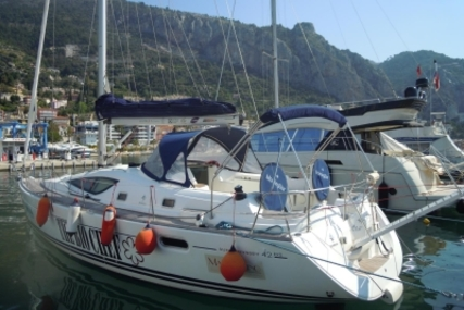 Jeanneau Sun Odyssey 42 DS for sale in France for €90,000 (£79,145)