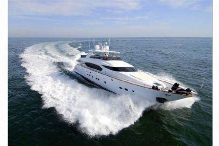 Maiora 27 for sale in Italy for €2,200,000 (£1,962,638)