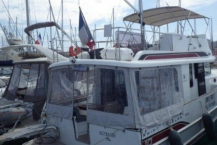 Beneteau Swift Trawler 44 for sale in France for €340,000 (£299,882)