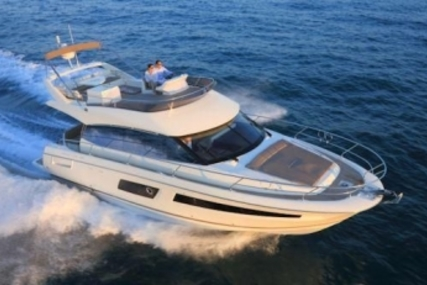 Prestige 450 for sale in France for €649,000 (£572,932)