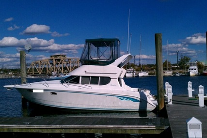 Silverton 312 Sedan Cruiser for sale in United States of America for $21,500 (£15,611)