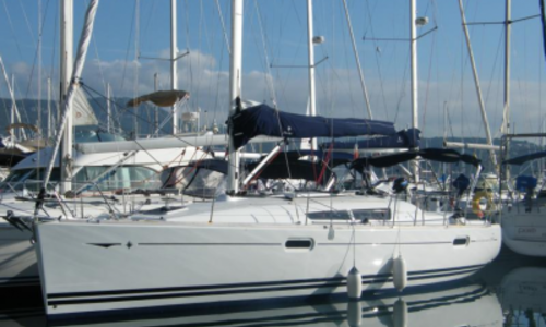 Image of Jeanneau Sun Odyssey 39i for sale in France for €87,000 (£76,854) BANDOL, France