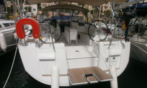 Image of Jeanneau Sun Odyssey 439 for sale in France for €198,000 (£176,833) BANDOL, France