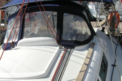 Jeanneau Sun Odyssey 32i for sale in Greece for €55,000 (£48,270)