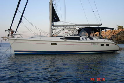 Hunter 376 for sale in Cyprus for €98,000 (£87,407)