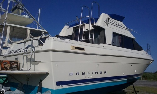 Image of Bayliner Ciera 2566 Sunbridge for sale in United States of America for $17,500 (£13,183) Taylors Island, Maryland, United States of America