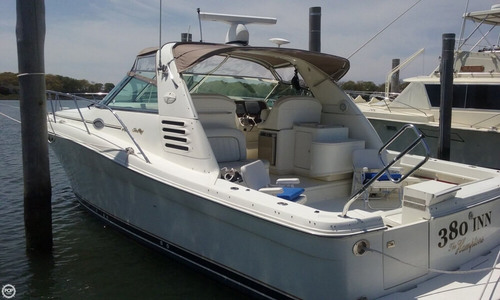 Image of Sea Ray 370 Express Cruiser for sale in United States of America for $69,000 (£52,336) Sag Harbor, New York, United States of America