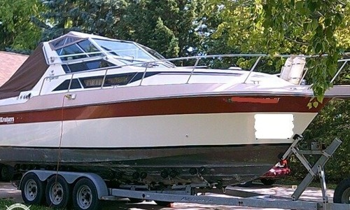 Image of Cruisers Yachts 267 Vee Express for sale in United States of America for $8,000 (£6,132) Waukesha, Wisconsin, United States of America