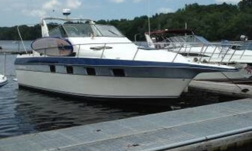 Image of Cruisers Yachts 3370 Esprit for sale in United States of America for $16,000 (£11,462) Haverhill, Massachusetts, United States of America