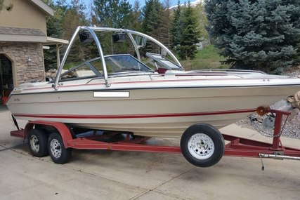 Sea Ray 210 Bow Rider for sale in United States of America for $13,900 (£10,796)