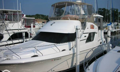Image of Silverton 392 Motor Yacht for sale in United States of America for $119,900 (£85,594) Michigan City, Indiana, United States of America