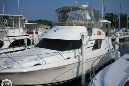 Silverton 392 Motor Yacht for sale in United States of America for $119,900 (£94,297)